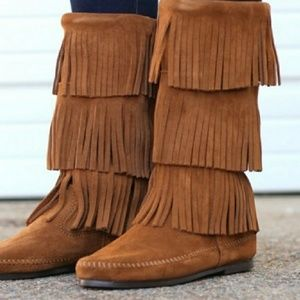 Minnetonka 3-Layer Fringe Suede Boot Size 7 Brown